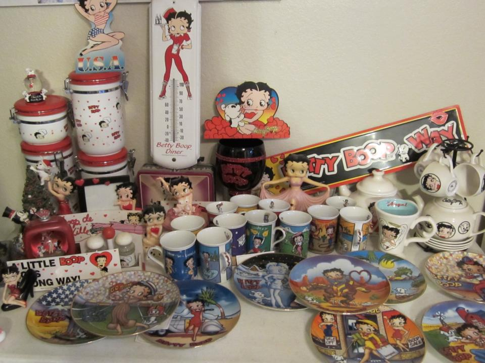 Superb Betty Boop Coffee Table Part   3: Betty Boop EVERYTHING